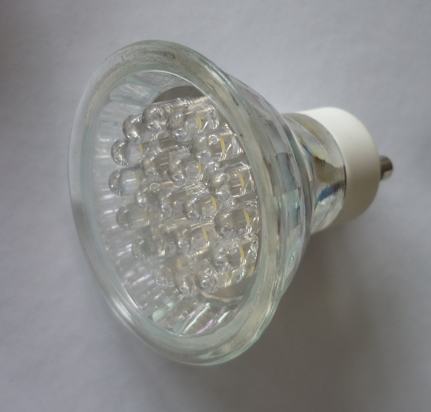 licht2000 29002 led reflektorlampe gu 10 18 flg 5000 k 1 2 watt. Black Bedroom Furniture Sets. Home Design Ideas